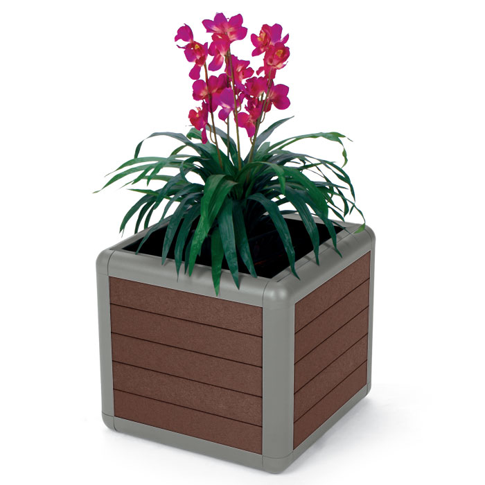 BH1825PR  Beacon Hill Collection 25 Gallon Recycled Plastic Planter