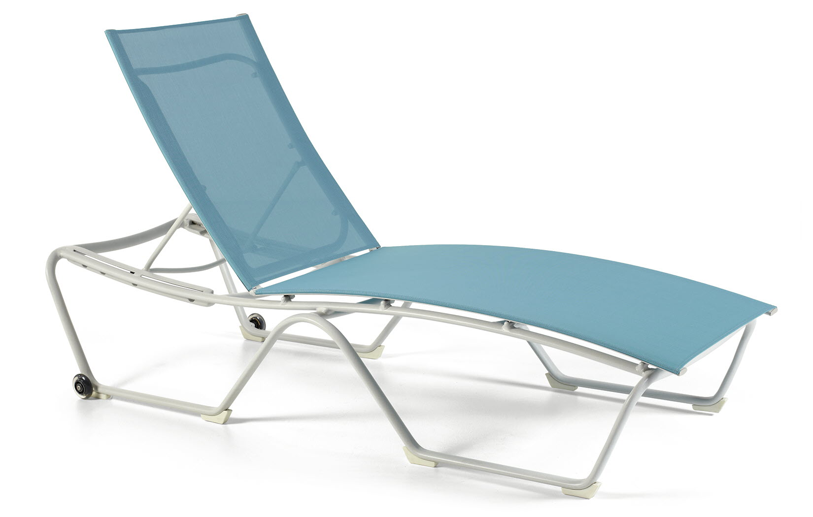 M4909S  Shoreline Sling Collection Stacking Chaise Lounge with Wheels